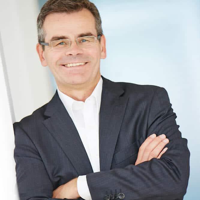Dr. Erwin Blum